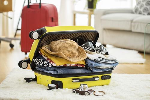 Cosa mettere in valigia: una lista base completa per ogni tipologia di viaggio!